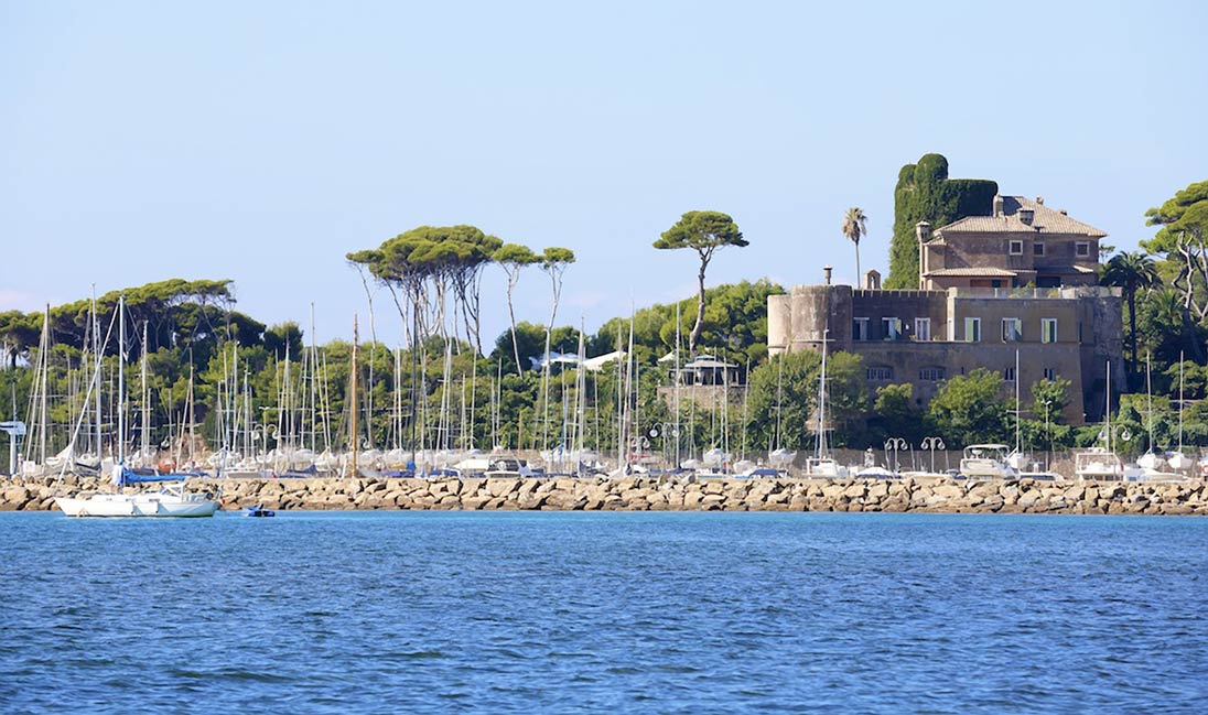 Castello odescalchi di santa marinella matrimonio sul for Affitto castello roma